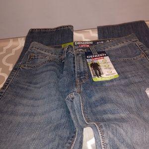 NWT 216 Denizen from Levi jeans size 28X30 skinny